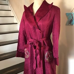 1940s Vintage Maroon Silk Embroidered Robe Chinese